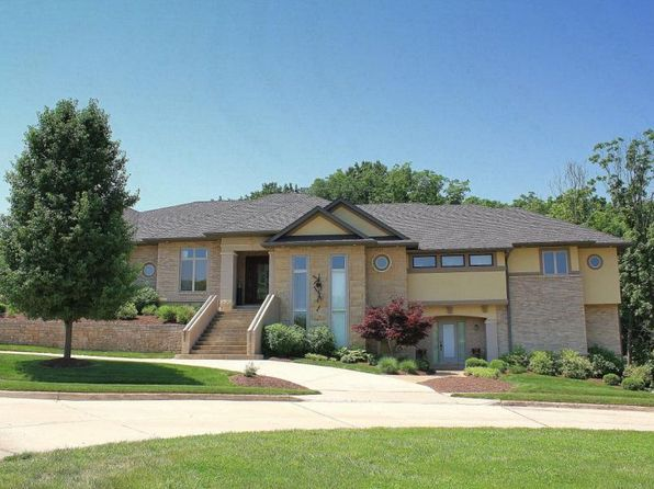 6 bed 5 bath Single Family at 103 Foxwood Ct Columbia, MO, 65203 is for sale at 700k - 1 of 26