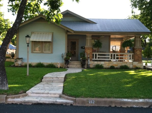 3 bed 2 bath Single Family at 112 E Travis St Fredericksburg, TX, 78624 is for sale at 875k - 1 of 10
