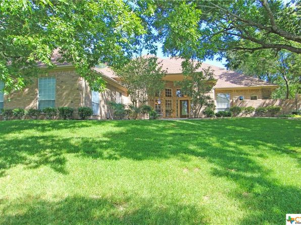 4 bed 5 bath Single Family at 1425 Great Oaks Salado, TX, 76571 is for sale at 550k - 1 of 48