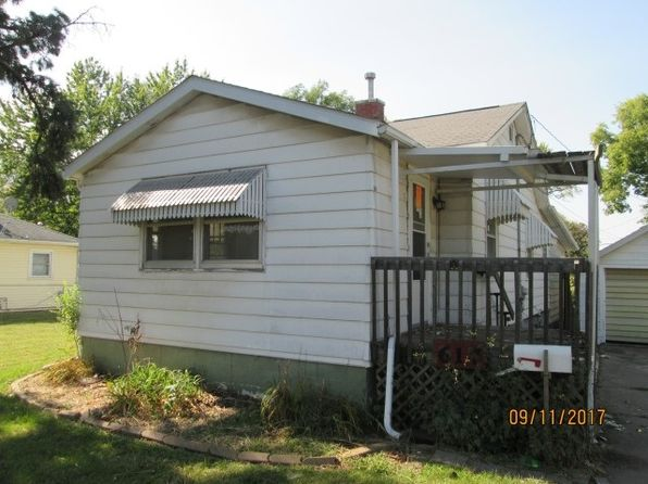 1 bed 1 bath Single Family at 617 9th Ave W Ave Milan, IL, 61264 is for sale at 40k - 1 of 16