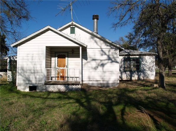 3 bed 1 bath Single Family at 130 County Road 1746 Clifton, TX, 76634 is for sale at 25k - 1 of 12