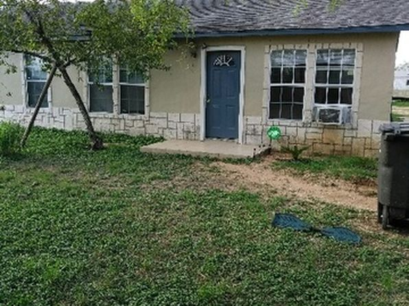 3 bed 2 bath Single Family at 806 E Chavaneaux Rd San Antonio, TX, 78221 is for sale at 110k - 1 of 16