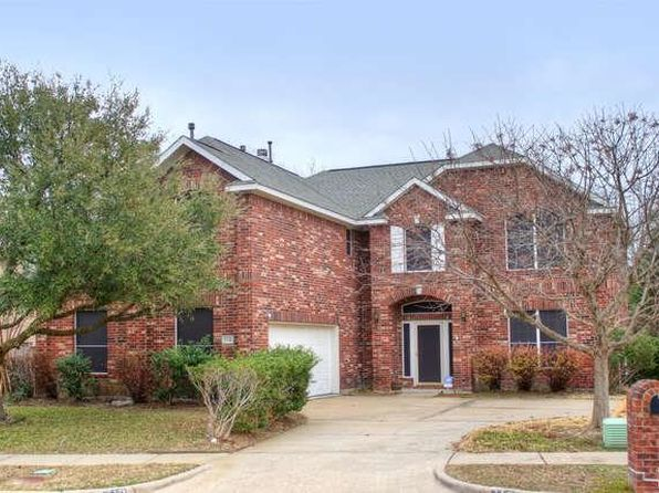 5 bed 3 bath Single Family at 710 CRESTED COVE DR GARLAND, TX, 75040 is for sale at 285k - 1 of 36