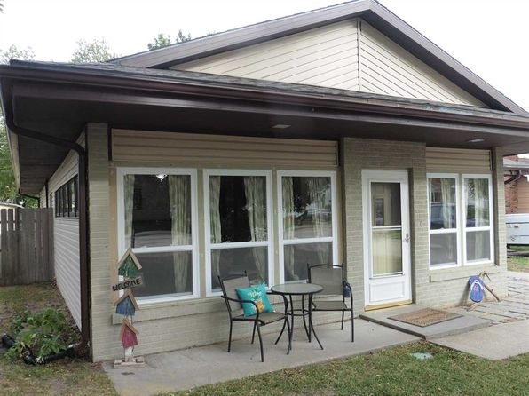 3 bed 2 bath Single Family at 3315 F Ave Kearney, NE, 68847 is for sale at 158k - 1 of 16
