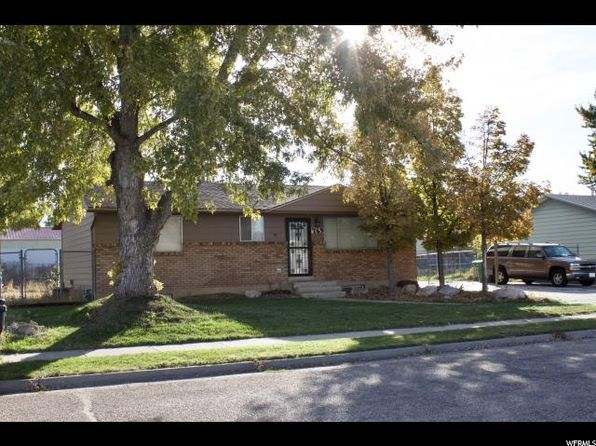 5 bed 2 bath Single Family at 769 N 825 W Clearfield, UT, 84015 is for sale at 220k - 1 of 13