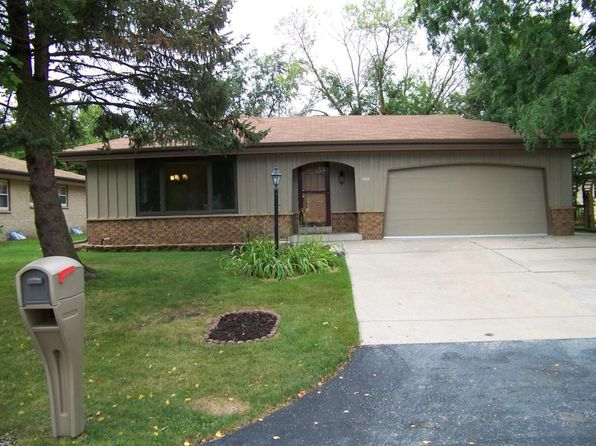 3 bed 2 bath Single Family at 4363 S 48th St Greenfield, WI, 53220 is for sale at 215k - 1 of 16