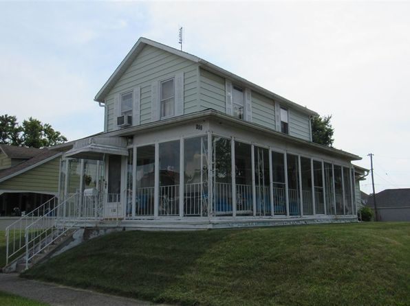 3 bed 1 bath Single Family at 102 S Johnson St Garrett, IN, 46738 is for sale at 80k - 1 of 5