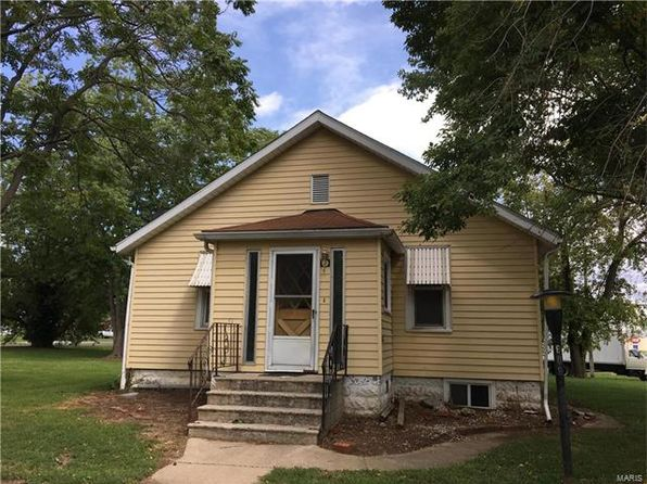 2 bed 2 bath Single Family at 608 S 1st St Greenville, IL, 62246 is for sale at 55k - google static map