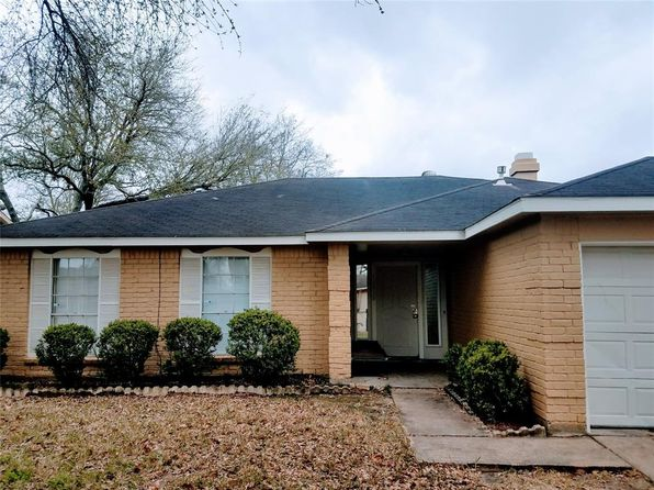 3 bed 2 bath Single Family at 12839 GLENWOLDE DR HOUSTON, TX, 77099 is for sale at 142k - 1 of 21
