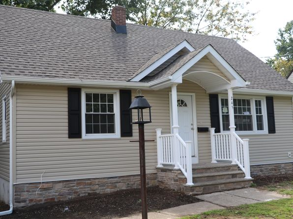 4 bed 3 bath Single Family at 245 Greenbrook Rd North Plainfield, NJ, 07060 is for sale at 329k - 1 of 19