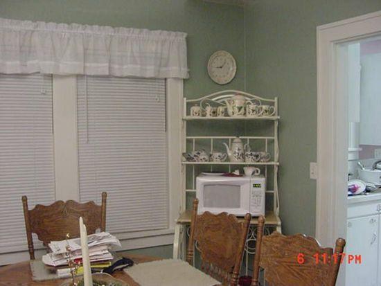 Who lives at 9205 wide hollow rd yakima wa homemetry for Bathroom remodel yakima wa