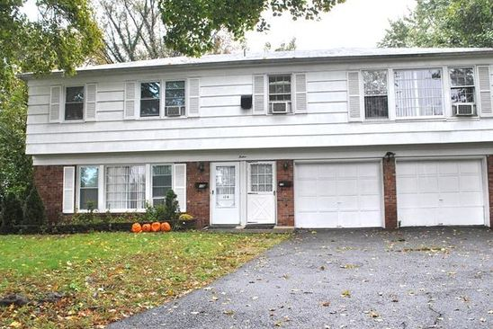 5 bed 3 bath Townhouse at 12 MERRITT CT TENAFLY, NJ, 07670 is for sale at 825k - google static map