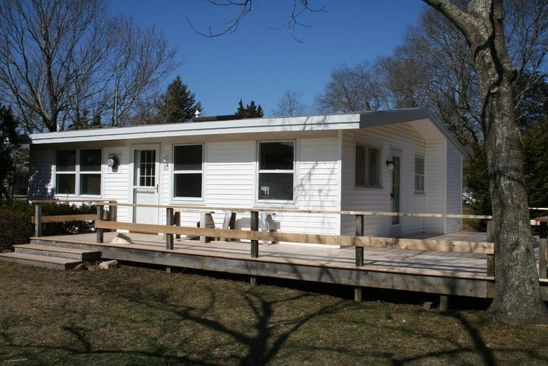 2 bed 1 bath Single Family at 80 Shore Rd Southampton, NY, 11968 is for sale at 549k - google static map