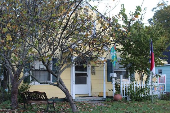 3 bed 1 bath Single Family at 207 BEECH ST WILLIAMSTON, NC, 27892 is for sale at 45k - google static map