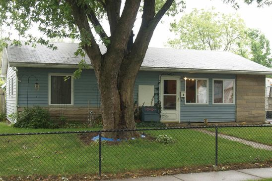 3 bed 1 bath Single Family at 2246 220th St Sauk Village, IL, 60411 is for sale at 40k - google static map