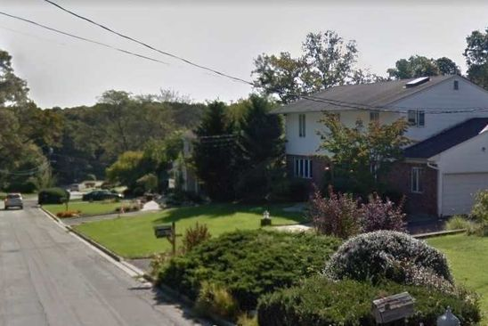 4 bed 3 bath Single Family at 140 HARVARD DR PLAINVIEW, NY, 11803 is for sale at 798k - google static map