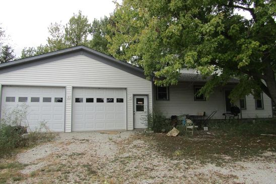 3 bed 2 bath Single Family at 29522 E 1700 NORTH RD SAUNEMIN, IL, 61769 is for sale at 90k - google static map