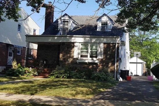 4 bed 2 bath Single Family at 46 IRVING ST VALLEY STREAM, NY, 11580 is for sale at 515k - google static map
