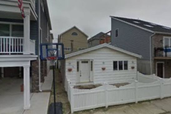 6 bed 1 bath Single Family at 88 Nebraska St Long Beach, NY, 11561 is for sale at 275k - google static map
