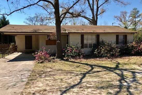 3 bed 1 bath Single Family at 102 Helen Ter Warner Robins, GA, 31088 is for sale at 50k - google static map