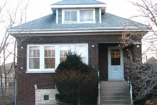 5 bed 2 bath Single Family at 1307 S 8TH AVE MAYWOOD, IL, 60153 is for sale at 90k - google static map