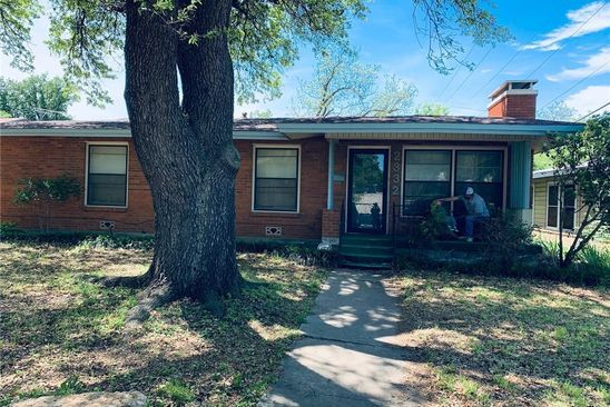 4 bed 2 bath Single Family at 2332 Grandview Dr Fort Worth, TX, 76112 is for sale at 161k - google static map