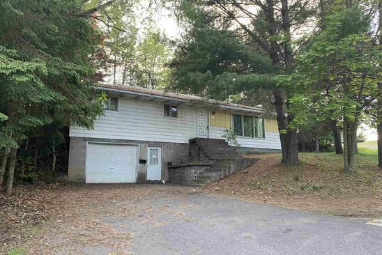 3 bed 1 bath Single Family at 901 W Hoadley St Kingsford, MI, 49802 is for sale at 40k - google static map