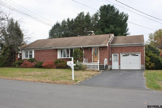 3 bed 2 bath Single Family at 2 PINEWOOD PL ALBANY, NY, 12205 is for sale at 175k - google static map