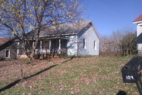 2 bed 1 bath Single Family at 106 Warren Ct Martinsville, VA, 24112 is for sale at 12k - google static map