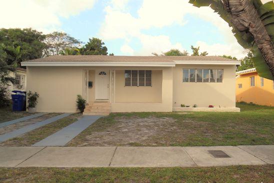6471 Tamiami Canal Rd Miami Fl 33126 Realestate Com