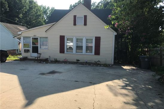 null bed null bath Multi Family at 121 N North Randolph Ave Asheboro, NC, 27203 is for sale at 80k - google static map