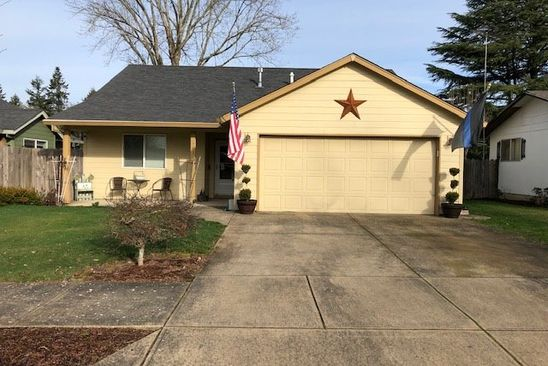 3 bed 2 bath Single Family at 103 E 9TH ST NEWBERG, OR, 97132 is for sale at 325k - google static map