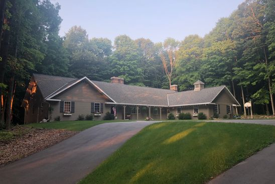 4 bed 4 bath Single Family at 302 LANES END DR PLYMOUTH, WI, 53073 is for sale at 649k - google static map