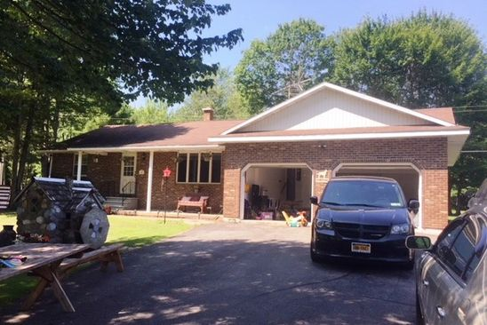 3 bed 2 bath Single Family at 199 McGinnis Rd Waddington, NY, 13694 is for sale at 200k - google static map