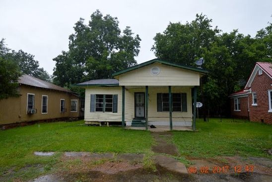 3 bed 1 bath Single Family at 305 Railroad Ave Pace, MS, 38764 is for sale at 9k - google static map