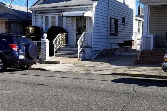 2 bed 1 bath Single Family at 170 BILTMORE AVE ELMONT, NY, 11003 is for sale at 299k - google static map