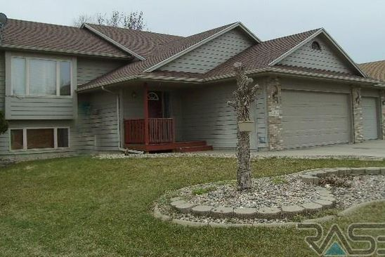 4 bed 3 bath Single Family at 2423 S ALPINE AVE SIOUX FALLS, SD, 57110 is for sale at 220k - google static map