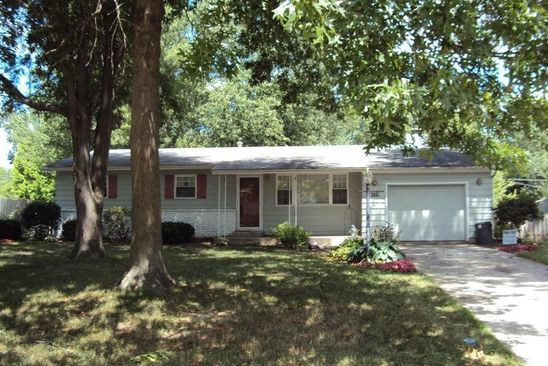3 bed 2 bath Single Family at 6725 CLOVERCREST DR FORT WAYNE, IN, 46815 is for sale at 115k - google static map