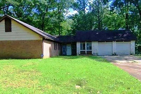3 bed 2 bath Single Family at 223 CARRIAGE HILLS DR JACKSON, MS, 39212 is for sale at 35k - google static map