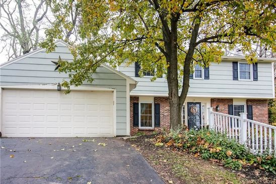 4 bed 3 bath Single Family at 5 CHELSEA WAY FAIRPORT, NY, 14450 is for sale at 220k - google static map