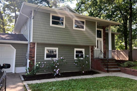 5 bed 3 bath Single Family at Undisclosed Address CENTEREACH, NY, 11720 is for sale at 410k - google static map