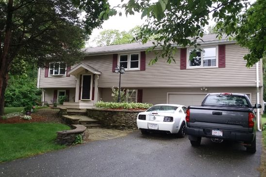 4 bed 2 bath Single Family at 34 PLAIN ST E BERKLEY, MA, 02779 is for sale at 400k - google static map