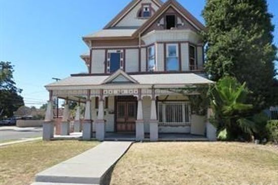 5 bed 4 bath Multi Family at 930 South Broadway Santa Ana, CA, 92701 is for sale at 849k - google static map