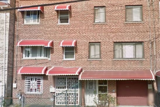 4 bed 2 bath Single Family at 861 E 223RD ST BRONX, NY, 10466 is for sale at 175k - google static map