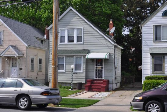 3 bed 1 bath Single Family at 19043 112th Ave Jamaica, NY, 11412 is for sale at 250k - google static map