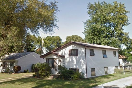 3 bed 1 bath Single Family at 9523 Saric Dr Highland, IN, 46322 is for sale at 158k - google static map