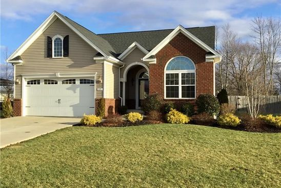 2 bed 2 bath Single Family at 375 WATERFORD PARK GRAND ISLAND, NY, 14072 is for sale at 293k - google static map