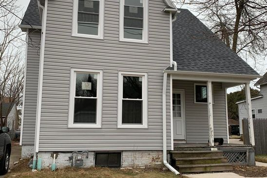 5 bed 1 bath Single Family at 1205 S 14TH ST MANITOWOC, WI, 54220 is for sale at 40k - google static map