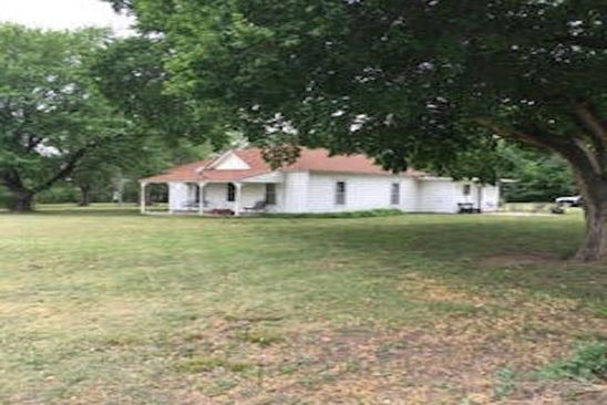 3 bed 1 bath Single Family at 4026 OLD HIGHWAY 40 JUNCTION CITY, KS, 66441 is for sale at 146k - google static map