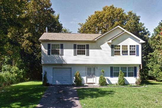 3 bed 3 bath Single Family at 20 Clearview Dr Mastic Beach, NY, 11951 is for sale at 290k - google static map